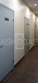metalinės durys, su spyna, dešininės, sidabrinės spalvos