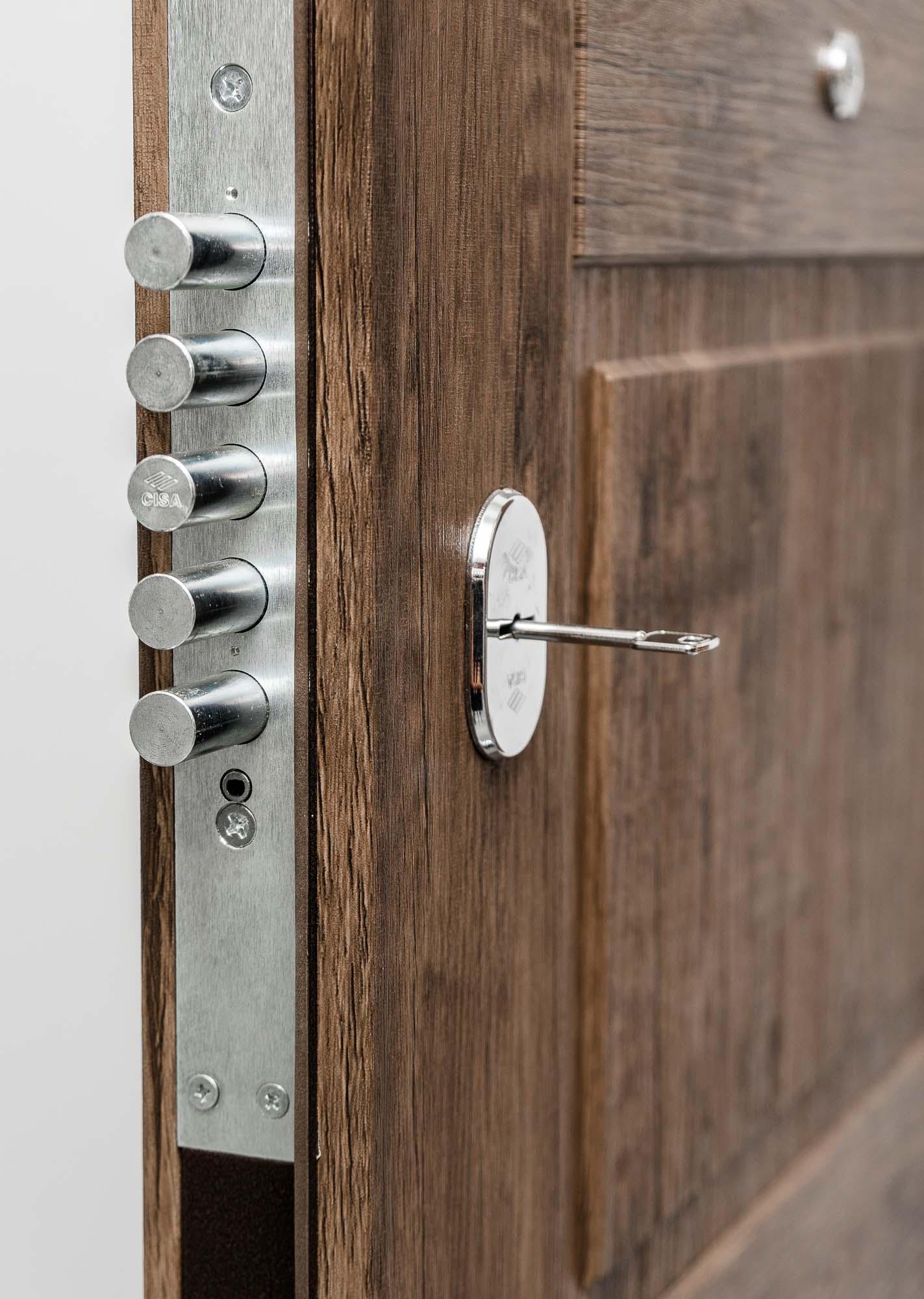 Kaip išsirinkti šarvuotas duris