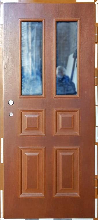 šarvuotos durys, medžio spalvos, rudos spalvos, dešininės, su stiklais