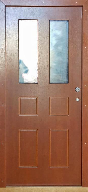 šarvuotos durys, medžio spalvos, rudos spalvos, kairinės, su stiklais